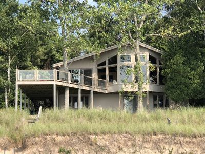 6BR Cottage Vacation Rental in Onekama, Michigan #2157175