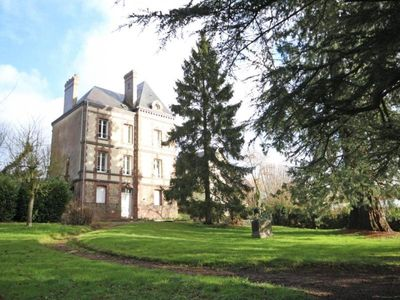 Photo for Gite L'Aigle, 5 bedrooms, 12 persons