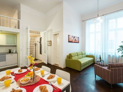 Newly renovated building Hybernska with an elevator in the heart of Prague