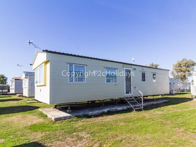 Photo for Luxury caravan for hire  at St Osyths beach holiday park in Essex ref 28113