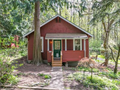 Secluded and close to city amenities, hiking, biking and Western WA University