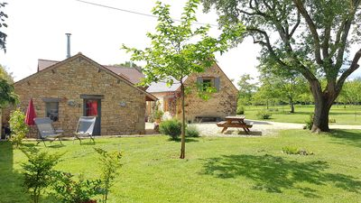 Photo for Périgourdine farmhouse, 2 hectares of nature halfway between Lascaux and Sarlat