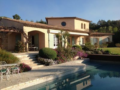 Photo for Provencal villa, pool, sea views quiet, old village of Biot