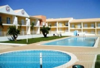 Photo for Luxury 2-bedroom air-conditioned apartment with communal pools, near the beach