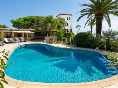 Photo for Beautiful Villa on the heights of Cannes