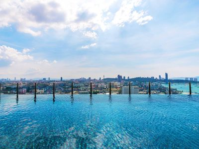 Photo for Modern Desing with Stunning Ocean View & Sky pool