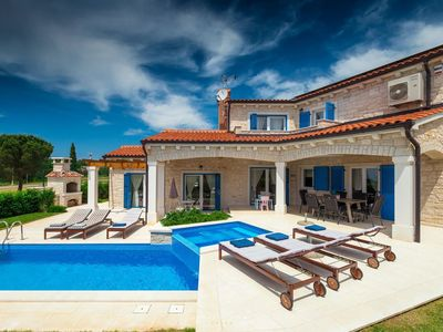 Photo for Beautiful new villa near Porec with private pool