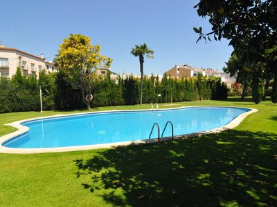 Photo for Club Villamar - Looking for a perfect place to enjoy your summer holiday? This property is the perfect election: plenty of space, private barbecue, direct access to the garden and joint pool, great location at walking distance from the beach and all amenities.