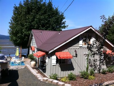 Photo for Alderbrook Area Waterfront Beach Cottage, Spectacular Views!!!