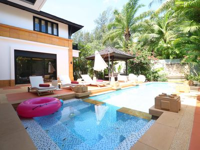 Photo for Superb pool 5 bedrooms beachfront