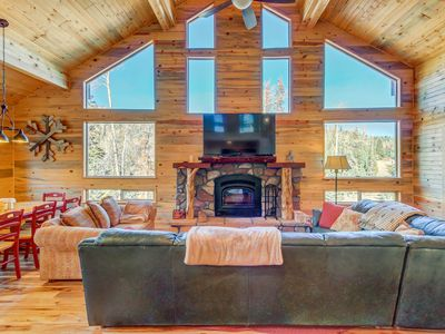 Photo for Upscale modern cabin w/ lovely views - great location!