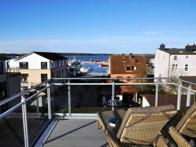 Photo for Apartment with a large terrace and sea view