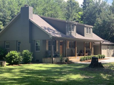 Sanitized! Spacious Ranch Close To Gsp Airport, Greenville, Greer set on acres.