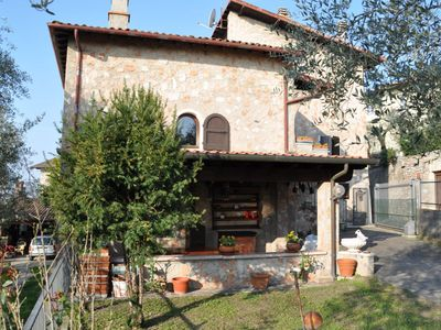 Photo for Holiday House Rosa is located in Toscolano fraction Pulciano