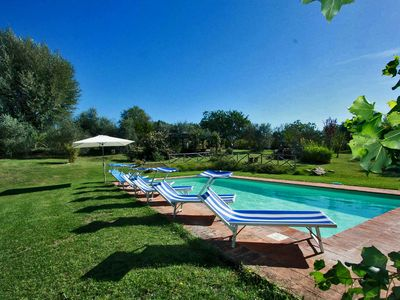 Photo for Private villa with pool, dependance, wi-fi, playground, Umbria-VILLA ERICA