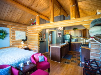Photo for Cozy Private Log Home + King bed, Kitchen, Clawfoot Tub  Bathroom, Lawn & Deck!