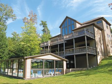 Specials in April- May Deep Creek indoor pool/ hot tub/game room-near State Park