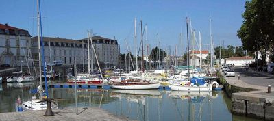 Photo for Furnished any comfort, sight on the marina and close to the thermal baths