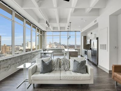 Photo for Mesmeric Eminent Loaded Prime Downtown Scenic Flat