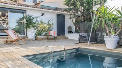 Photo for Villa with pool, garden and sea view