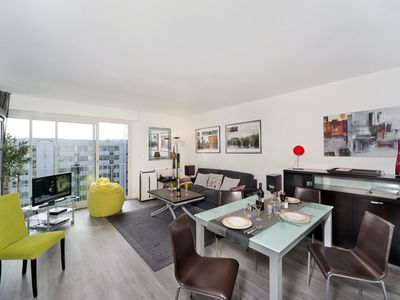 Photo for One Bedroom With A/C  - Close To Eiffel Tower!