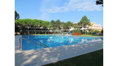 Photo for Stunning three bedroom apartment for up to 9 guests - Tennis Courts - Airco