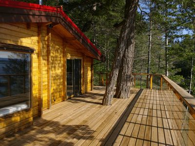 Photo for 3BR Cottage Vacation Rental in Quathiaski Cove, BC