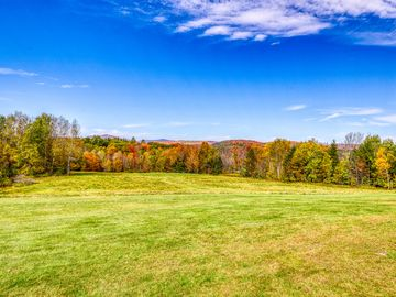 Mt. Ascutney State Park, Windsor, Vermont, USA