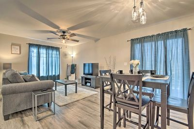 Retreat to this sleek, comfortable house to wind down after a KSU football game!
