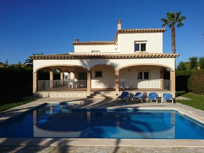 Photo for beautiful villa large pool comfort and mooring on the Costa Brava