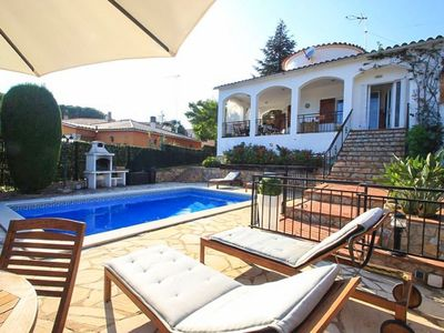 Photo for Club Villamar - Charming holiday villa with three bedrooms, fenced-off private swimming pool and ...