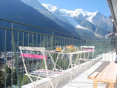Photo for THE MAJECTIC - SUPERB APARTMENT CENTER OF CHAMONIX WITH IMPRESSION VIEW
