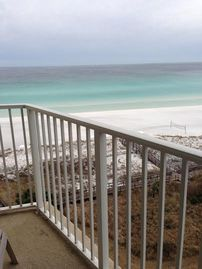 Penthouse View!! 3 Bdrm/3 bath beachfront condo! Interior Recently Updated!