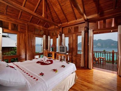 Photo for Sea view Deluxe Villa on Hillside PhiPhi