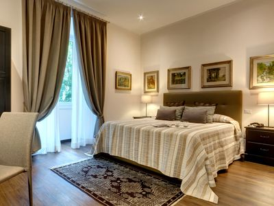 Photo for DELICIOUS apartment in the heart of Rome, 8 minutes from the VATICAN, Casa Ione