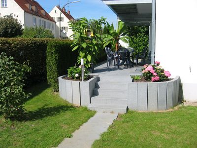 Large vacation apartment with a sunny patio, garden and carport - Krumbach