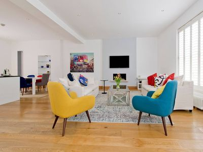 Photo for Modern, Stylish, 4 Bed Apartment in Holland Park - Great Location!