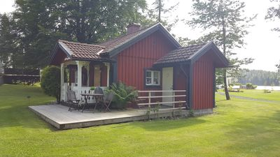 Photo for Knusperhaus - 50 m to the lake, motorboat, WiFi, TV set, conservatory