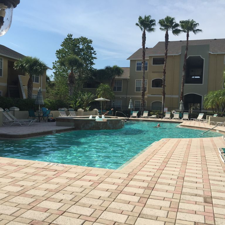Www Rental Homes Com: Beautiful Apartment In Tropical Clearwater, Florida