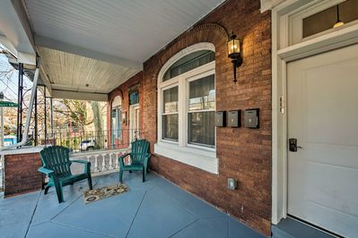 Your group of 4 can return from a day of sightseeing and relax on the porch!