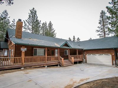 Photo for Heavenly Lodge 5 BR Resort Log Cabin / Pool Table
