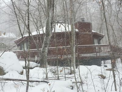 Photo for Near Level Entry, Sleeps 6+, Minutes From Ski Beech