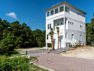 Photo for Serene Way, walking distance to 30A and the Gulf of Mexico
