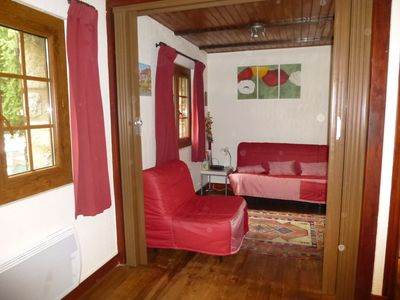 Photo for apartment in chalet built. 3 rooms in ground garden. Car park.
