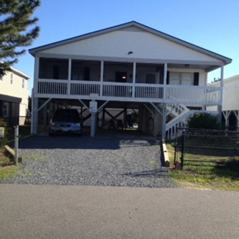 Beach House Pet Friendly Rentals: Pet Friendly 4 BR Cottage With Fenced Yard ...