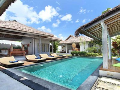Photo for Villa Blue Pearl & Noa 10mn walk Oberoi Seminyak Central villa
