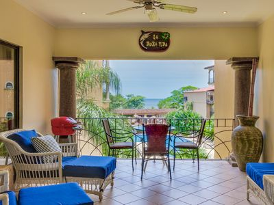 Photo for Conveniently located condo w/ shared pool & easy beach access - ocean views!