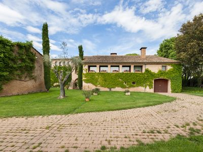Photo for Luxurious Villa near Girona