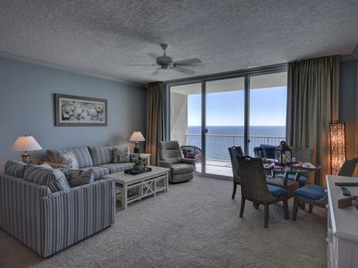 Photo for 1604 Palazzo Gulf Front 1 bedroom 2 bath Condo w/ 2019 Beach Svc