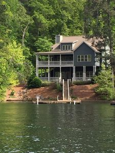 Beautiful Lake Martin 5br—Great Central Location